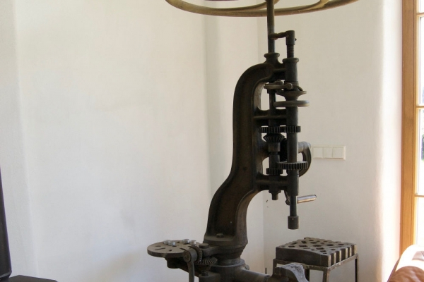Remo Leghissa - Alte Bohrmaschine